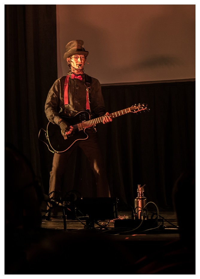 The Jon from Steam Powered Giraffe
