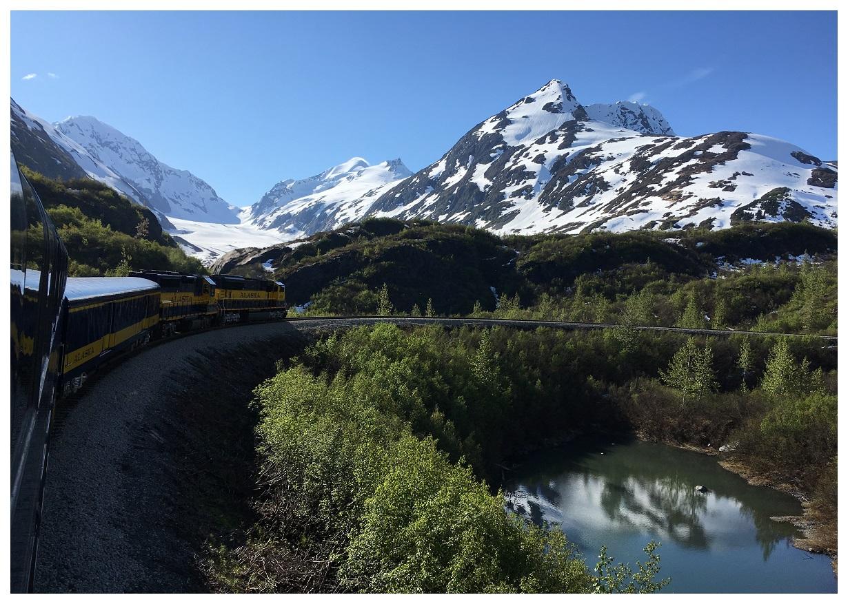 train mountain tight turn